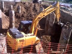 Escavação de estacas obra da rossi - itaborai