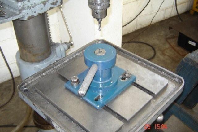 Dispositivo de fixação rapida tipo pinça ISO para rosqueadeira / furadeira