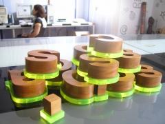 Design e criação, matéria prima e processos modernos.