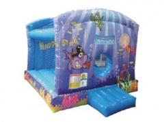Em festas infantis a piscina de bolinhas é fundamental. as crianças ficam ALEGRES e se divertem com uma verdadeira