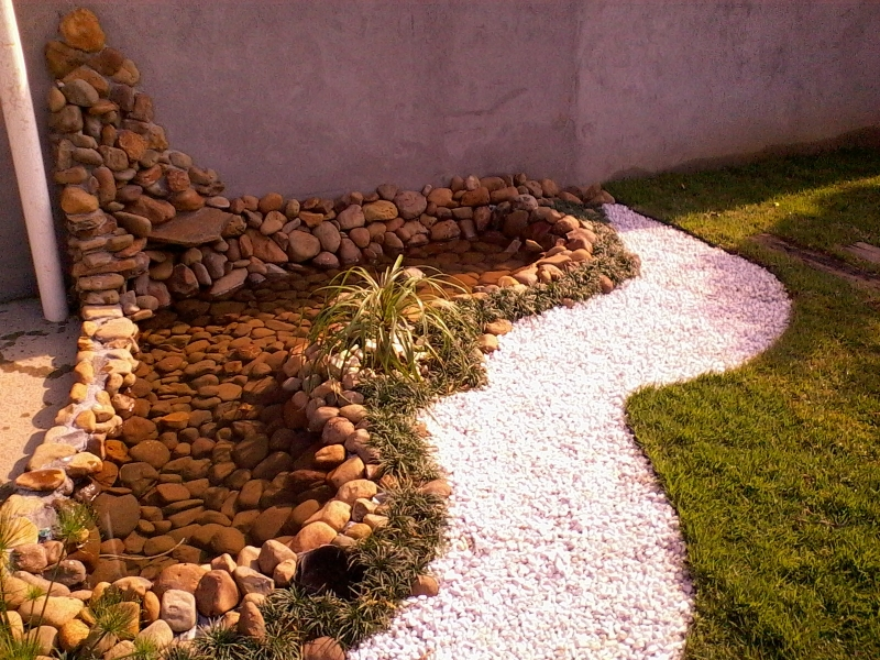 Projeto, elaboração e montagem de Arte Paisagismo & Jardinagem.