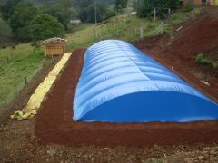 Cisterna com cobertura em pvc