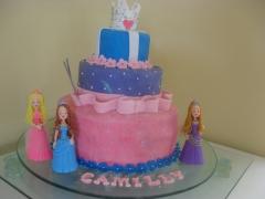 Bolo das princesas barbie