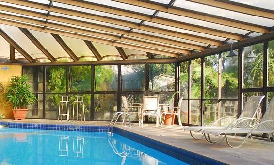 Foto piscina coberta do hotel for Piscina coberta