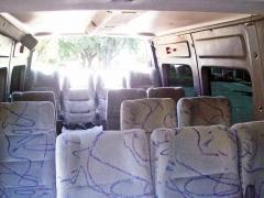 Vans  executivas  15  passageiros mais  motorista