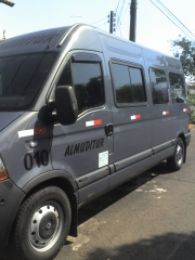 Foto  lateral   renault  master