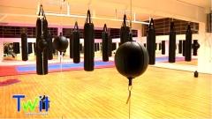 Imagens da filmagem da inauguraçao da twit academia, sala de exercicio