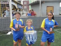 Meninas da olímpia ajudando na premiação!