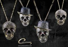 Pingente caveira com aplique de rodio negro - 10 camadas de ouro 18k - joias carmine