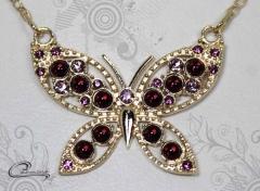 Pingente borboleta joias carmine - 10 camadas de ouro 18k - joias exclusivas
