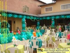 Decoração de festa de aniversário infantil com o tema da primavera é com a maria fumaça festas. a turma dessa idade gosta de coisas diferentes. saiba mais em www.mariafumacafestas.com.br / www.temasinfantis.com.br / www.multidicas.com.br