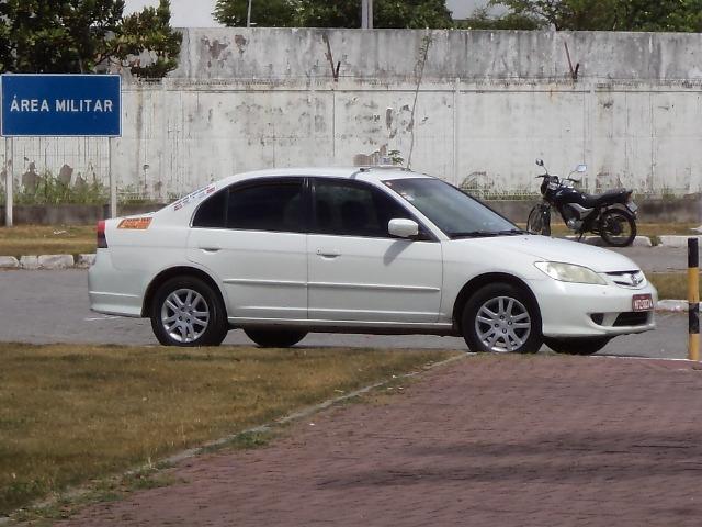 Veículo Honda Civic- Deni Táxi