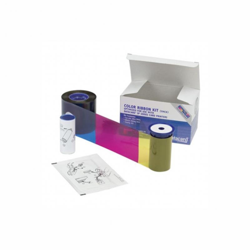 Filme de sublimação (dye sublimation) 5 painéis (YMCKT), rolo policromático, preto resina e revestimento, 300 imagens por rolo para impressoras de termo transferência de cartão de pvc, possibilitando impressão para os mais diferentes layouts.  Para impressoras termo transferência Datacard SP55, SP55 Plus, SP75 & SP75 Plus.  Especificações do Kit - Cartucho Original * Datacard 552854-506 YMCKT-KT cor 300 impressões por rolo.     T (Top Coat) = O (Overlay) * 1 cartão de limpeza isopropanol (isopropanol cleaning card) * 1 rolete de limpeza (adhesive cleaning sleeve)  Projetado para uso com o as impressoras de cartão pvc Datacard SP55 e SP75, a fita ribbon YMCKT Datacard 552854-506 é capaz de imprimir 300 cópias de cartão, produzindo quatro cores brilhantes imagens e texto.