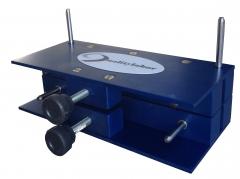 Dispositivo compreesÃo de coluna, determinam a resistência do papelão ondulado no sentido vertical. permite determinar o empilhamento máximo de caixas de papelão ondulado. abnt nbr 6737.