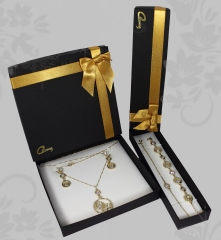Conjunto de joias ello - pingente c/corrente, brincos, pulseira e tornozeleira