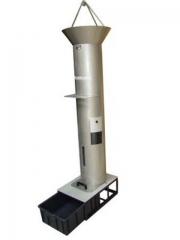 Medidor de densidade aparente de cavacos  linha celulose  equipamento para medir o volume aparente de uma amostra de cavacos, isto é, o volume de cavacos levemente compactado. normas abnt nbr 14984 e scan - cm 46:92 fabricado em aço-inox.