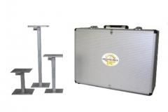 Jogo de cálibres de caixas  linha embalagem  cálibres para medir dimensões internas de caixas de papelão; * confeccionado de acordo com norma técnica astm d2658: *abrange a faixa de 120 a 650 mm divididas em 3 peças, sendo; *01 peça de 120 a 200mm; *01 peça de 200 a 350mm; *01 peça de 350 a 650mm. *as 3 peças são acondicionadas em maleta em alumínio.