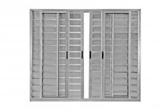 Portas e janelas em alumínio padronizadas.