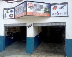 R.f. elétrica  enrolamento de motores elétricos ca e cc.  manutenção de equipamentos industriais.  manutenção completa em motores elétricos.  corrente alternada (ca/ac). corrente contínua (cc/dc).  rebobinagem c/ isolação.  assistência técnica autorizada da gmeg - motomil, eletroplas, garthoen, anauger.  motomil - máquinas para construção civil e ferramentas, compressores, geradores e motores.  eletroplas - motobombas e lavadoras.  garthen - linha para jardin e agrícola.  anauger - bombas vibratórias submersas.  servindo qualidade, gerando confiança! - resp. tec. regilson da silva freire - e-mail:  regilsonfreire@hotmail.com - cel. 73 8807-7249  /  8858-9269 -  aceitamos cartões:  conheça mais nossos produtos e serviços:  visite nosso site: http://rfeletrica.foux.com.br/index.php?halls=inicio  -