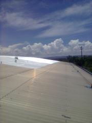 Telhado branco - isolamento termico - impresol serviços tecnicos de isolamento.