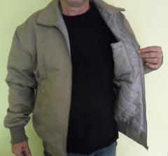 Jaqueta de brim forrada com matelasse para uso profissional