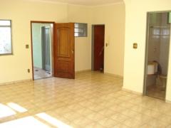 Casa vende, bairro nova ribeirania, 03 dormitórios sendo 01 suite, r$ 370.000,00