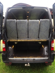 Bagageiro   grande  vans  aluguel  renault  master