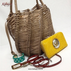Bolsa feminina e acessórios de couro kabupy