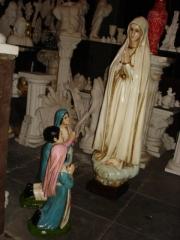 Imagens religiosas em artesanato de gesso