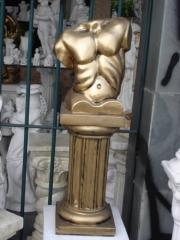 Torso masculino em artesanato de gesso