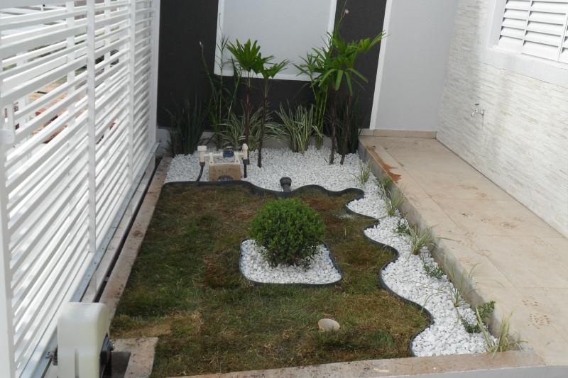paisagismo- jd monte cristo com- buxinho, rafia ,liliopolis,ericas,orquidias bambu,dionelas