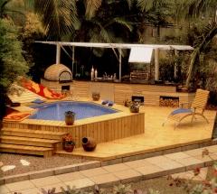 Piscina, churrasqueira, forno a lenha, deck. este belissimo projeto foi desenvolvido pelo arquiteto arnaldo muzio jr e executado pela bella telha. visite nosso show room e surpreenda-se.. 11-4555-5444