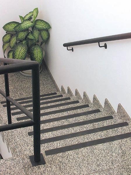 Fita Antiderrapante escada