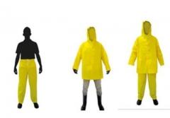 Conjunto impermeável em pvc forrado composto de calça e jaqueta com capuz