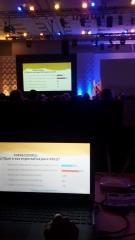 Votação eletrônica em evento corporativo