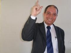 Claudio Borges Palestrante. Tem ampla experiência nacional e internacional relacionando com clientes desde 1975, nas áreas, hotelaria, Turismo, Vendas, Treinamentos, Imobiliárias.