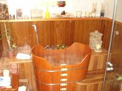 Ofuro, deck de madeira, projeto da designer bruna bianchi executado pela bella telha www.bellatelha.com.br 11-4555-5444
