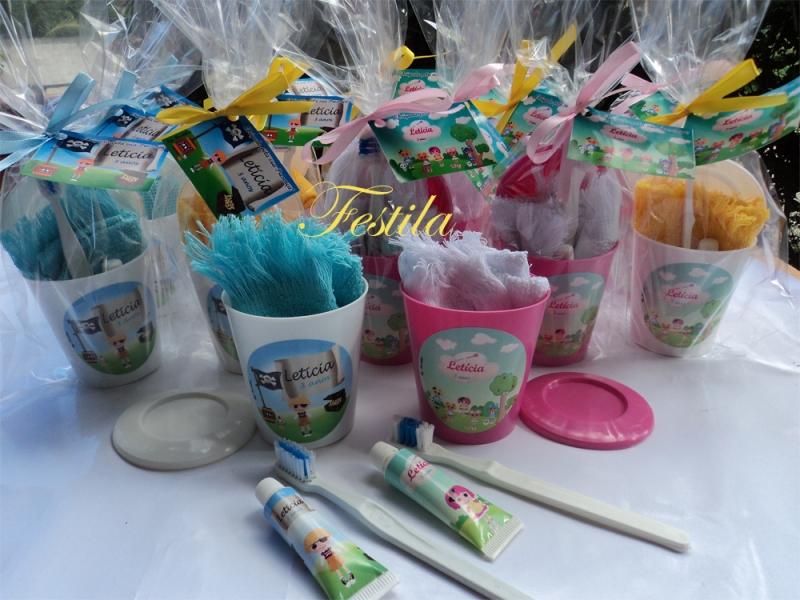 lembranças personalizada kit higiene bucal