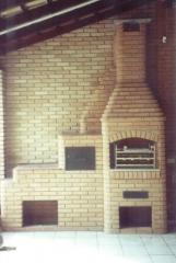 Fogão a lenha, churrasqueira com fogão a lenha, acoplado de churrasqueira com fogão e forninho em ferro fundido. bella telha www.bellatelha.com.br 11-4555-5444