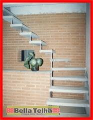 Escada caracol, escada direto da fabrica, escada pre fabricada, escada caracol em sp, escada caracol menor pre�o, escada reta, escada l, escada u.  bella telha 111-4555-5444 - www.bellatelha.com.br
