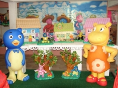 Tema Backyardigans (mntagem em mesa provençal) da Maria Fumaça Festas. Sua festa infantil decorada com peças exclusivas e diferenciadas. Confira mais detalhes em nosso portal (www.mariafumacafestas.com.br).