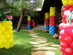 #mariafumacafestas - lcca��es tem�ticas, servi�os de decora��o com bal�es de l�tex, velinhas personalizadas, lembrancinhas de mesa. veja mais fotos e detalhes tamb�m no instagram - http://www.instagram.com/explore/tags/mariafumacafestas/