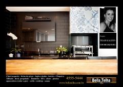 Churrasqueira com coifa, foto de apartamento com churrasqueira, churrasqueira high tech, churrasqueira de apartamento, churrasqueira de alvenaria, churrasqueira com forno de pizza e fogão a lenha, varanda com deck, deck para varanda, deck de parede, parede revestida de madeira. na bella telha, 11-4555-5444 www.bellatelha.com.br, vc encontra também pergolado, telhado, cobertura, churrasqueira, churrasqueira de apartamento, churrasqueira com coifa, churrasqueira a gas, churrasqueira high tech, churrasqueira eletrica, grelha de churrasqueira, motor para churrasqueira, gril, chopeira, forno de pizza. fogão a lenha, lareira ecologica, lareira a gas, lareira com cristais, painel borbulhador, banheira de hidromassagem, ofuro, sauna seca, sauna a vapor e muito mais.. fale conosco. este projeto é de thais kalitin