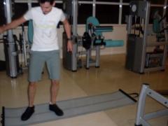 Slide board (plataforma deslizante para trabalhos de agilidade acompanha 2 pares de sapatilhas  r$ 190,00