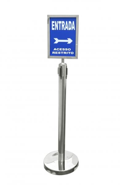 Pedestal Inox com Fita Retratil     cod 2789