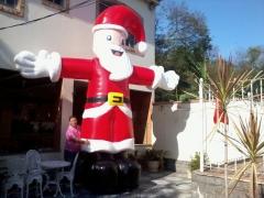 Papai Noel inflável 5m