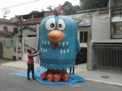 Galinha pintadinha inflável