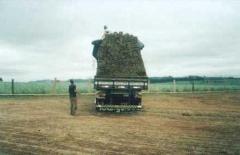 Caminhão Truck carregando 1300m²