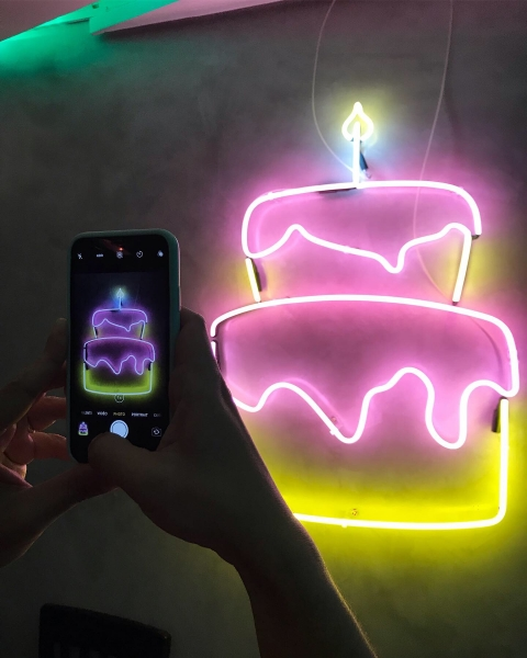 Neon Bolo