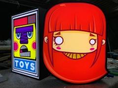 Luminosos toys & omik